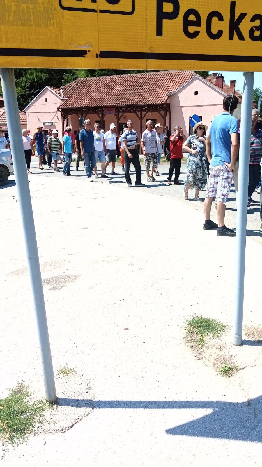 Protest-Pricevic-Struja-Voda-3